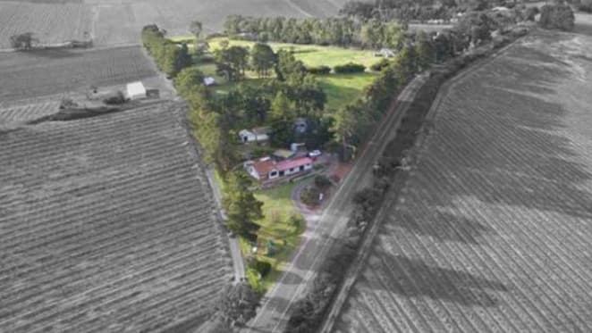 Home in McLaren Vale wine growing region up for auction