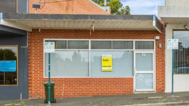 Ground floor office building in Melbourne's Burwood East sold at auction