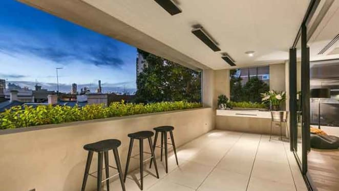 Simon Beasley lists South Yarra apartment