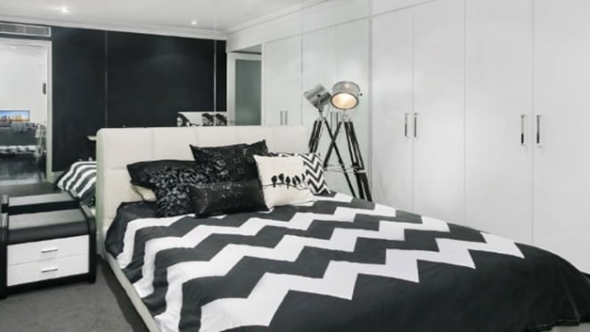 Singer Connie Mitchell cashing in on Potts Point investment