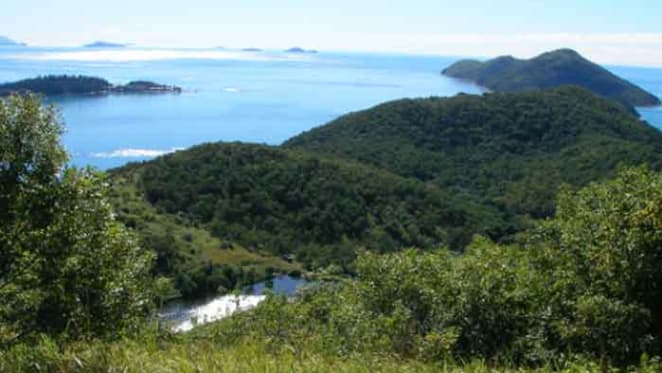 South Molle Island sold to West Molle owners