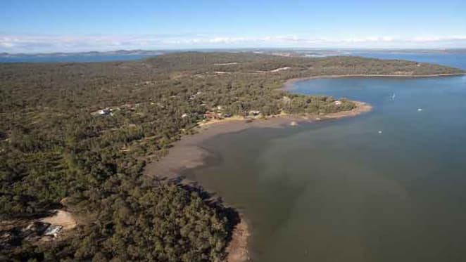 Waterfront rural parcel on Port Stephens on the market
