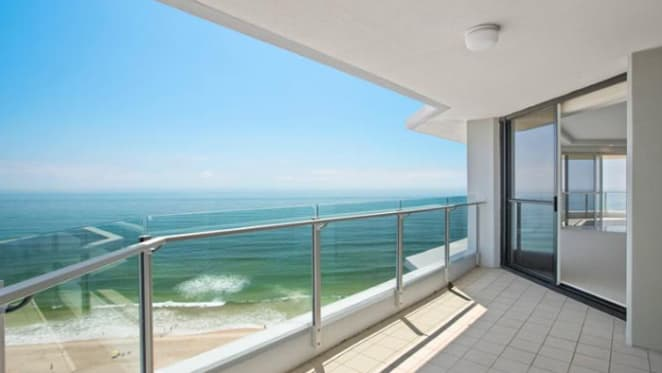 Surfers Manhattan, Surfers Paradise sale by car dealer