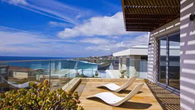 Oporto co-founder Linz selling prestige property portfolio