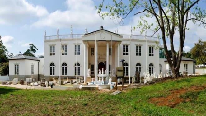 Tamborine's Great Gatsby trophy home sale