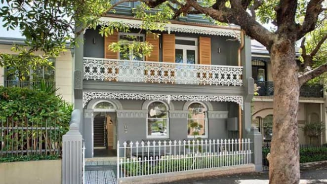Socialite Janelle 'Nellie' Tilley selling $6.3 million plus Double Bay terrace