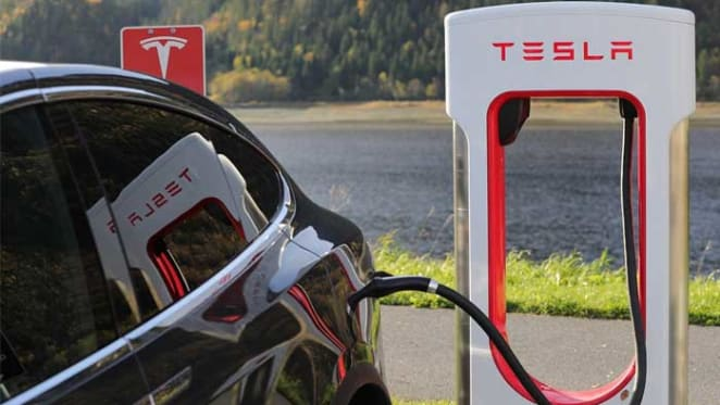 Stockland rolls out Tesla charging network at its shopping centres