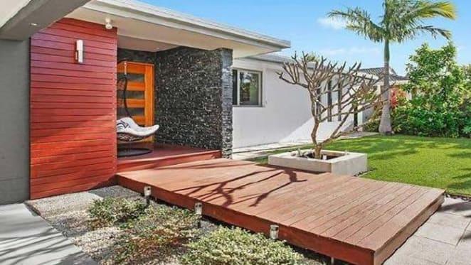 Titans' Graham Annesley lists Bundall, Gold Coast home