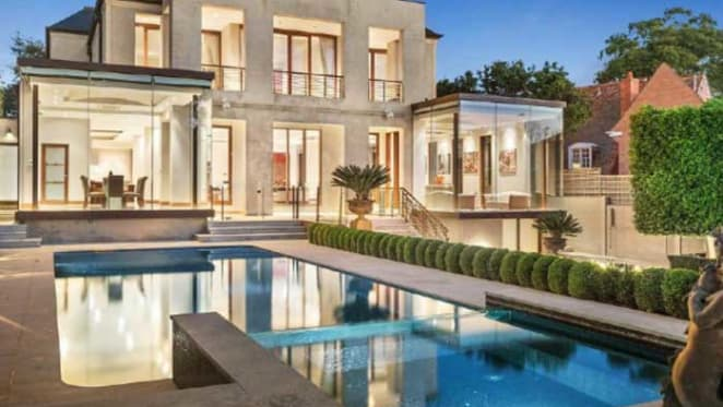 Melbourne chef Shannon Bennett buys Toorak trophy home