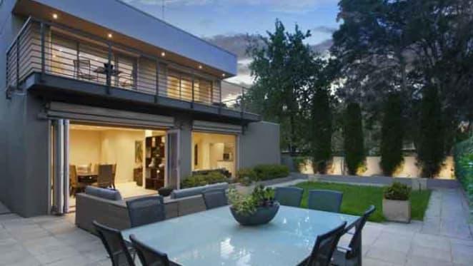 Toorak triumphs atop Melbourne's 90 million dollar suburbs: REIV