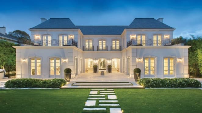 Toorak's record price home sold by the Smorgon family