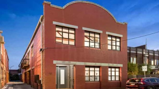 Prahran warehouse conversion sells