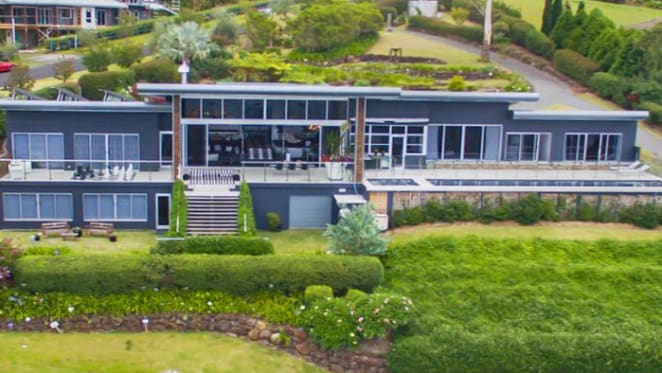 Mountain luxury at Tamborine Mountains for auction