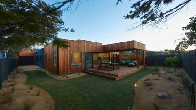 Bauhaus inspired beach house at Blairgowrie