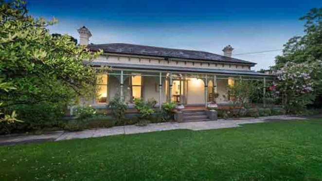 Kinvoir, Hawthorn listed after 90 years through Abercromby's