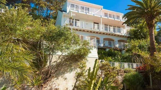 Villa Rocca Bella at Whale Beach sold by Richard Bonynge