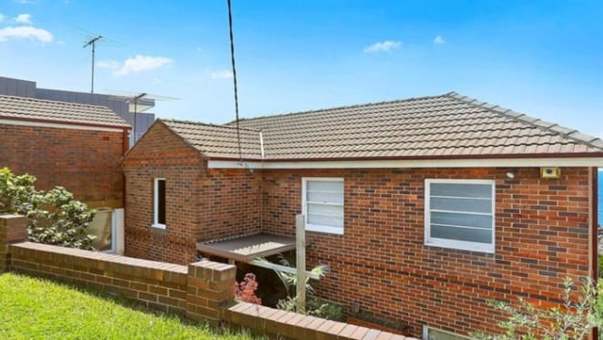 David Warner buys knockdown property in Maroubra