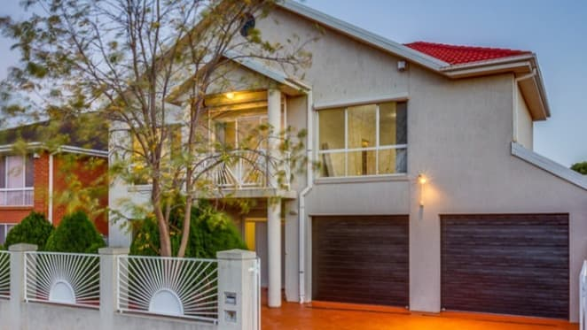 Former Melbourne gangland home fails to sell
