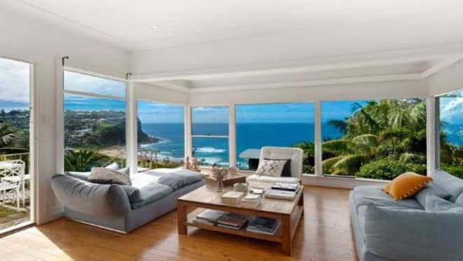 Surfer Ozzie Wright sells Newport home