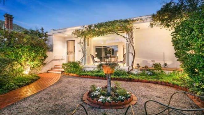 Wayne Gillespie designed South Yarra home sold