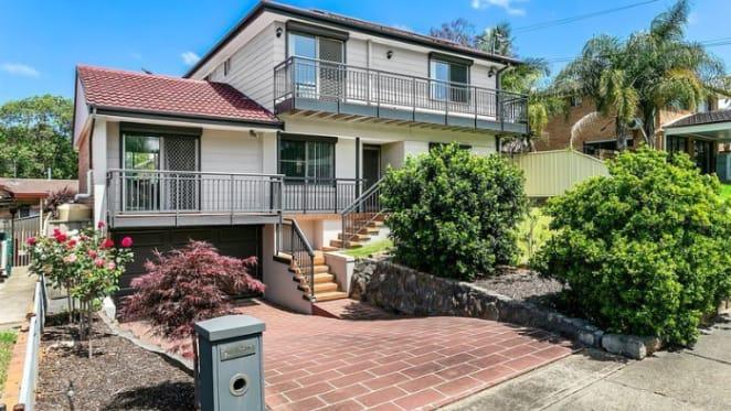 Canberra Raiders star Aidan Sezer lists Western Sydney home
