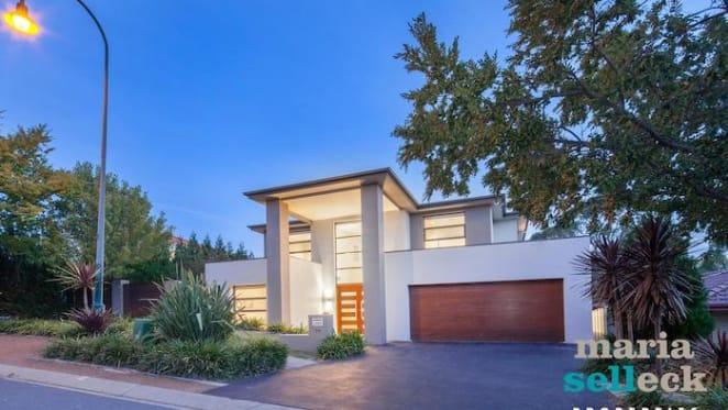 Award-winning house breaks suburb price record in Amaroo