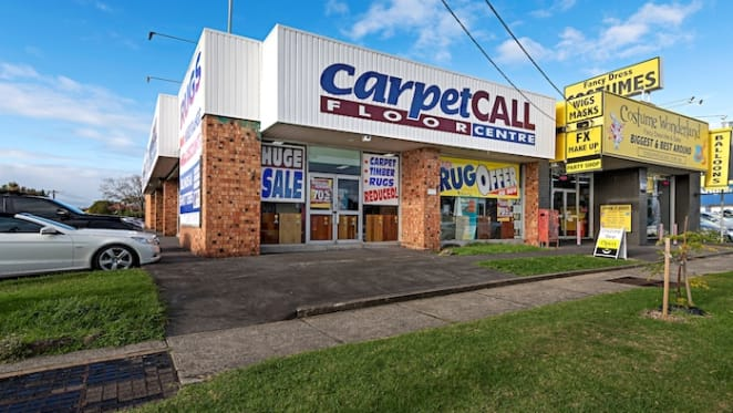 Carpet Call Bentleigh showroom comes onto market