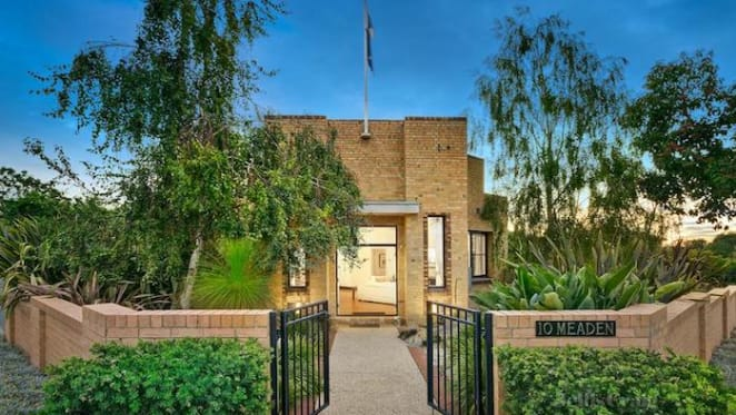 Historical Ashburton House listed for sale
