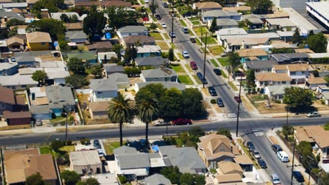 Perth's decreasing housing prices doggedly slog towards improvement: BIS Oxford Economics