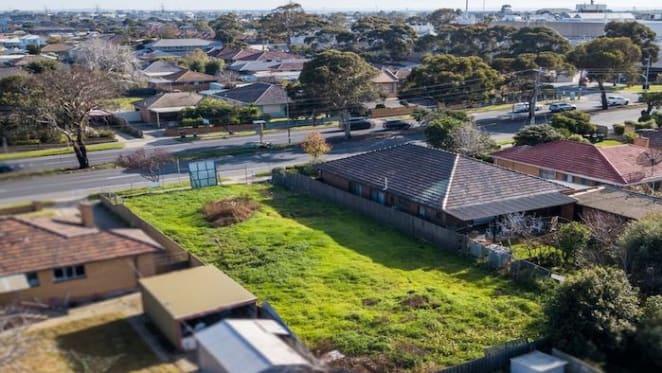 Altona North, Victoria mortgagee block sold at auction