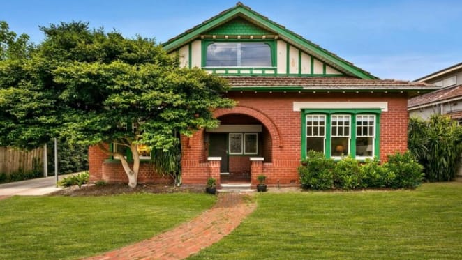 Armadale mortgagee home with planning permit listed at $700,000 value reduction