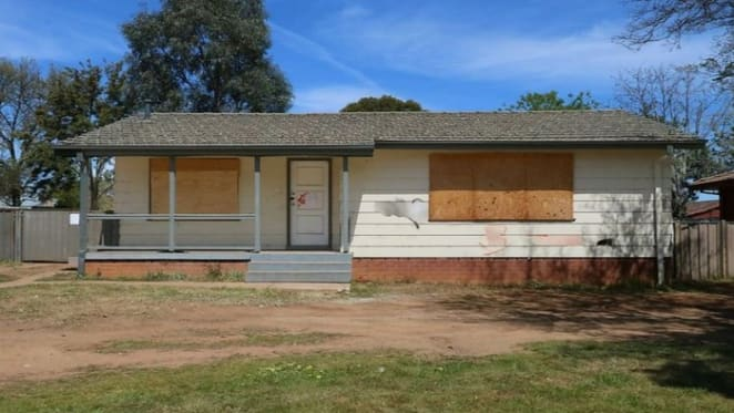 Ashmont, NSW mortgagee home sold at near half price