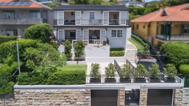 UBS chief financial officer lists Aurelia at Bellevue Hill