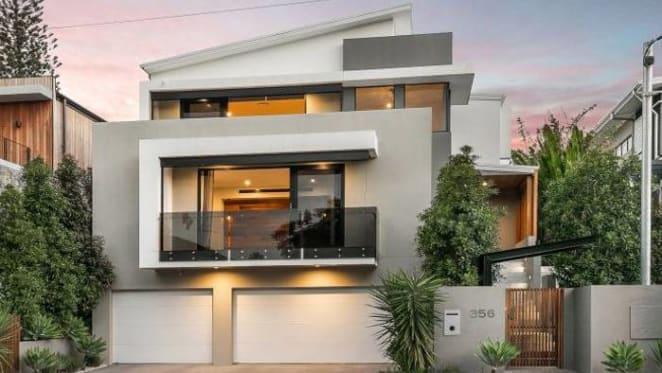 Wayne Bennett sells Brisbane home for $2.12 million