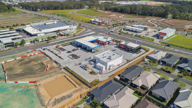 Service Centre in Qld's booming Pimpama hits the market