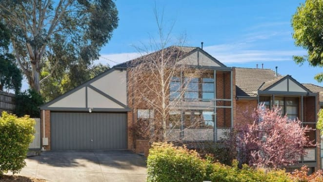 Balwyn North mortgagee home sold for $165,000 loss