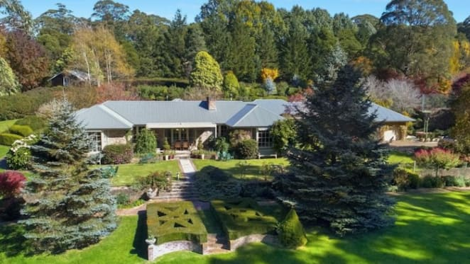 Bisley, Mount Wilson trophy garden estate sold after almost two years on market