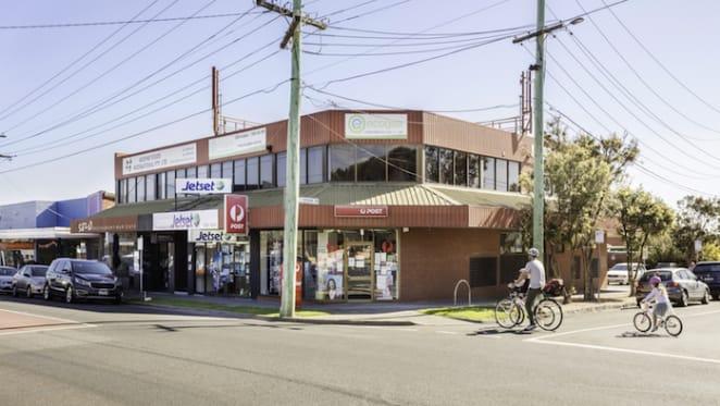 Bayside corner freehold in Melbourne's Black Rock sells for 41 percent above reserve