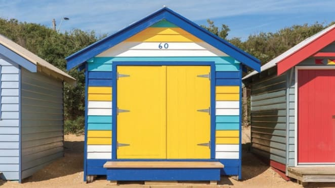 Record hopes sunk as Brighton bathing box sale kicks off 2018 Melbourne auctions