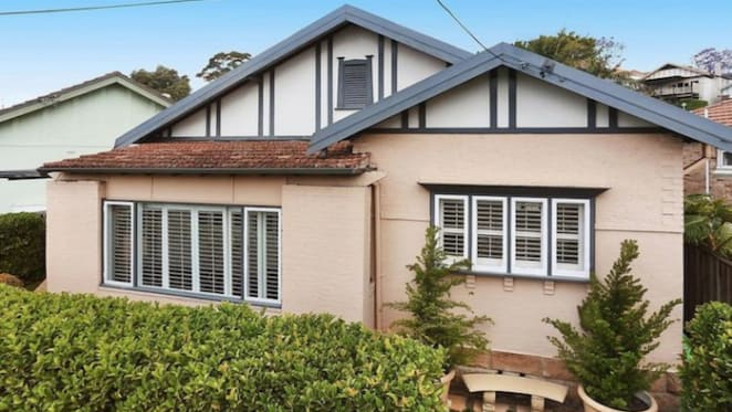 Channel Nine sports presenter James Bracey sells Cammeray home after 50 days