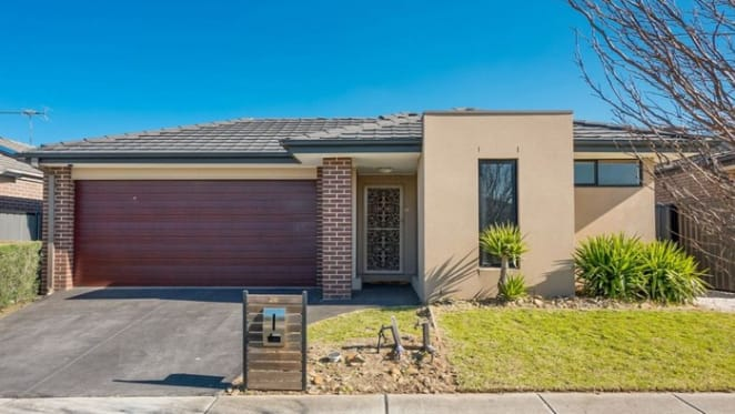 Richmond and Cragieburn competing for busiest suburb at auction this weekend
