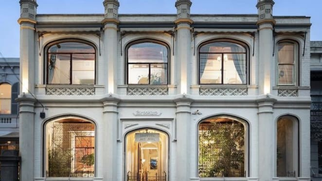 Brooklyn, Fitzroy four star hotel to close after weekend auction