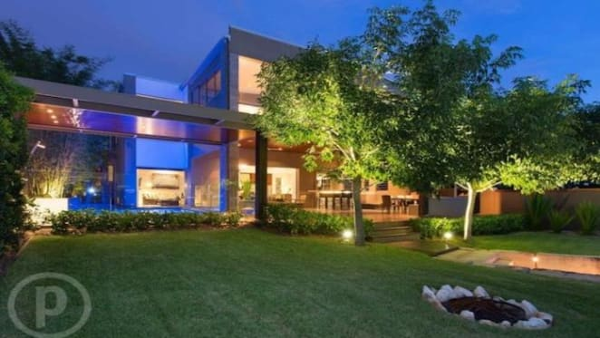 City-view Bulimba home, the Lungo Il Fiume, sold