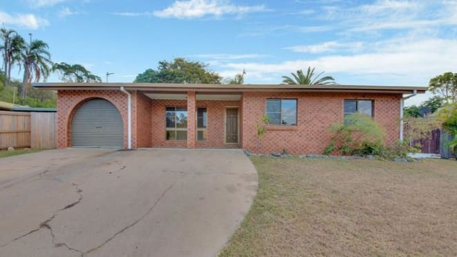 Clinton, Queensland mortgagee home sold for $125,000 loss