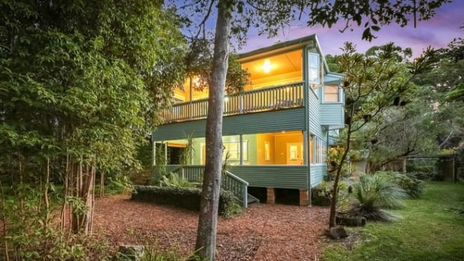 Conservationist Vincent Serventy's Pearl Beach home Creek Cottage listed