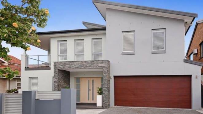 Racing glamour couple buy Malabar home