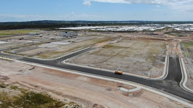 First lease signed at Aura business park