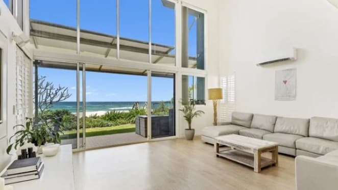 Peter Dutton's Palm Beach, Gold Coast beachfront investment fails to sell at auction