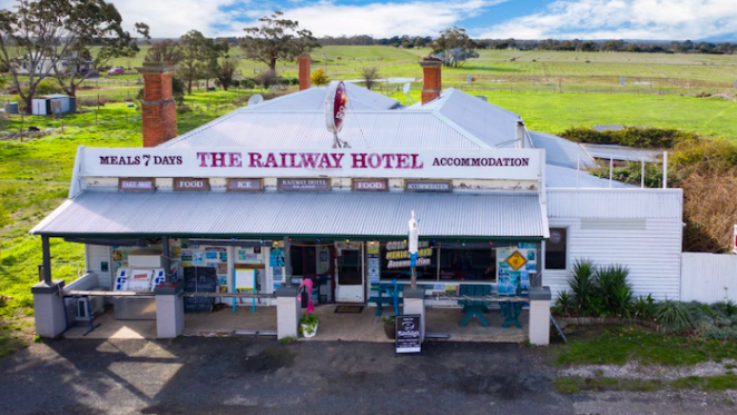 The Railway Hotel in Elaine, Victoria listed