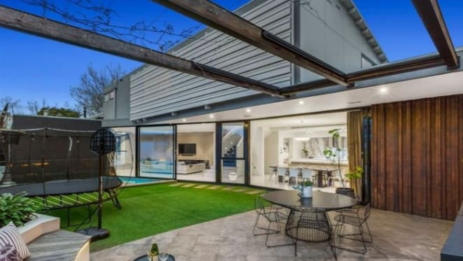 Williamstown trophy home sold for $3,435,000 at auction